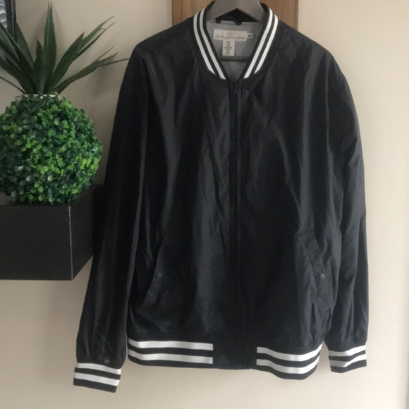 H&M Other - H&M track jacket